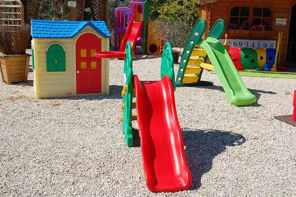 Vendita online giochi parco arredi per esterni giardini for Scivolo per bambini usato