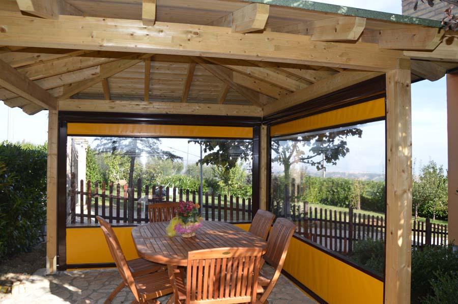 Gazebo tettoie tende da sole arredi per esterni giardini for Fontane in legno