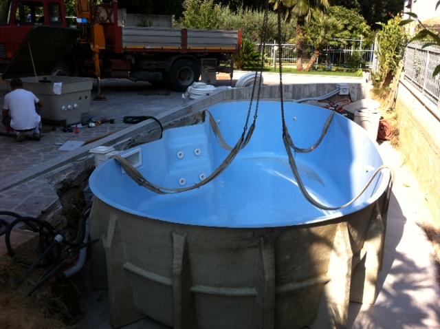 Piscine interrate piccole dimensioni idea creativa della for Piccole planimetrie della piscina